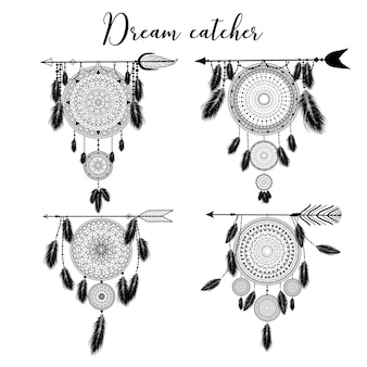 Dreamcatcher indien dessiné à la main avec des plumes. illustration. design ethnique, boho chic, symbole tribal.