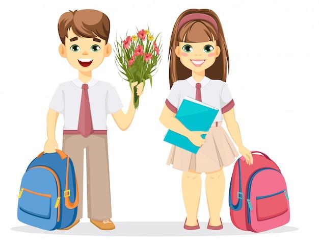 Écolier et écolière avec sac à dos