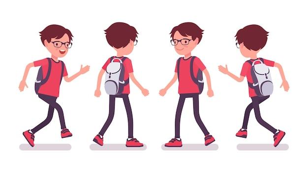 Écolier en tenue décontractée marchant et courant
