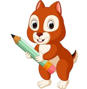Écureuil mignon tenant un crayon