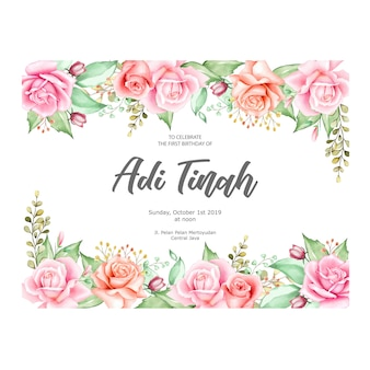 Élégant cadre floral avec des fleurs à l'aquarelle
