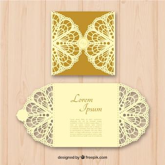Élégante invitation dorée découpée au laser d'or
