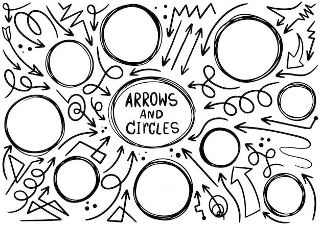 Éléments de cercles de conception doodle dessinés à la main. flèches dessinées à la main