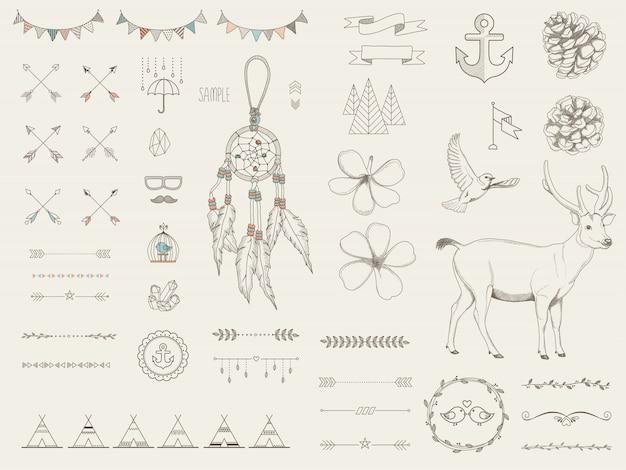 Éléments ethniques de conception dessinés à la main décoratifs