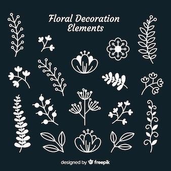 Éléments d'ornement floral dessinés à la main