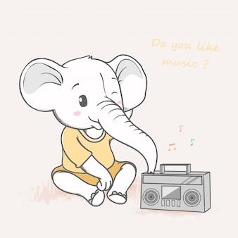 Éléphant mignon écoutant de la musique à partir d'un lecteur de cassette