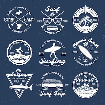 Emblèmes de surf dans l'obscurité