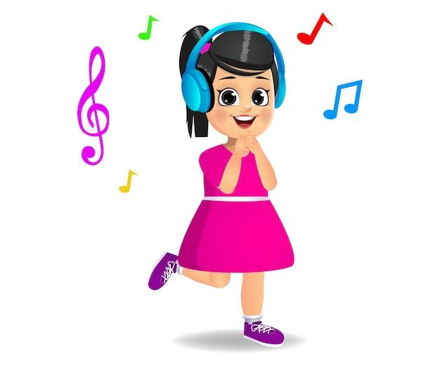 Enfant de jolie fille écoutant de la musique