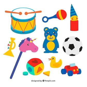 Enfant des jouets colorés