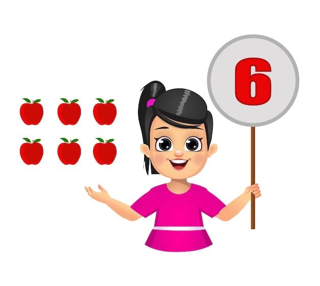 Enfant mignon comptant les nombres en montrant le tableau des nombres. isolé