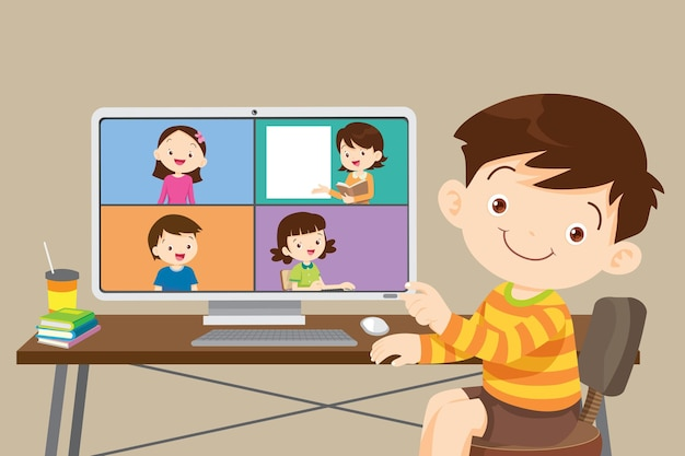 Enfants apprenant en ligne à l'aide d'un ordinateur