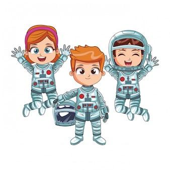 Enfants astronautes heureux