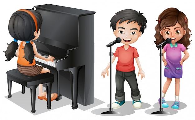 Enfants chantant et jouant du piano
