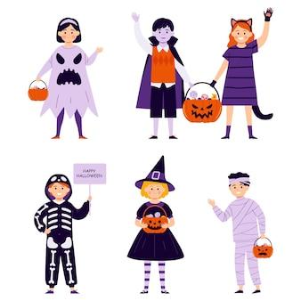 Enfants en costumes d'halloween isolés sur fond blanc illustration vectorielle dans un style plat