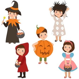 Enfants dans la collection de costumes d'halloween