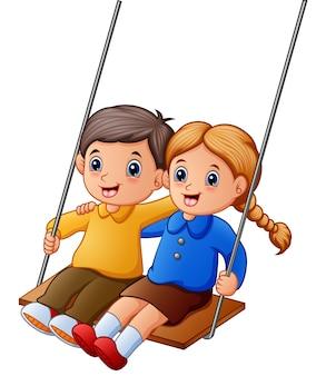 Enfants dessin animé jouant des balançoires sur fond blanc