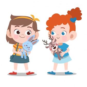 Enfants filles jouant avec des poupées