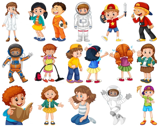 Enfants en grand groupe jouant nos différents rôles