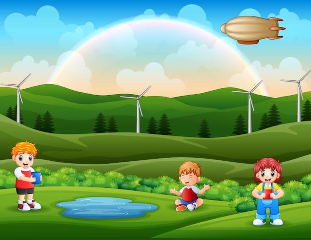 Enfants heureux de dessin animé, profitant de la nature