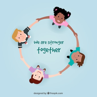 Enfants heureux formant un cercle