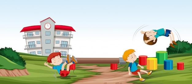 Enfants jouant devant
