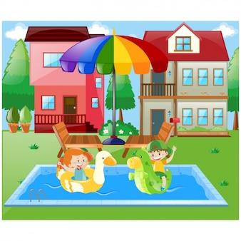 Enfants jouant sur la piscine