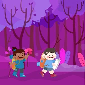 Des enfants mignons et heureux vont camper ensemble