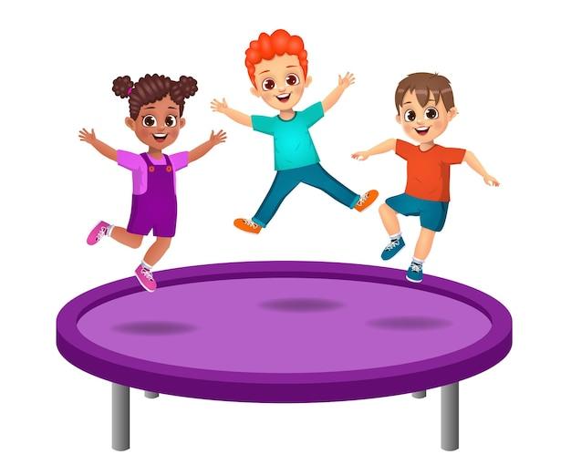 Des enfants mignons sautent sur un trampoline. isolé
