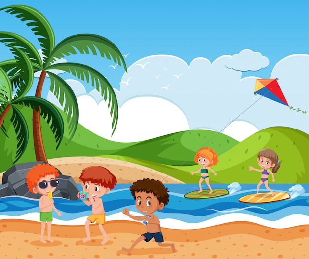 Enfants sur la plage