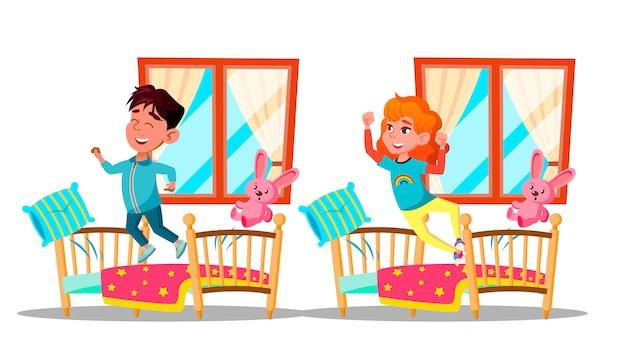 Enfants, réveiller, dessin animé, caractères, ensemble