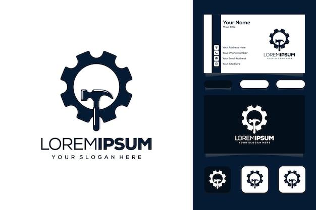 Engrenage avec carte de visite de conception de logo de marteau