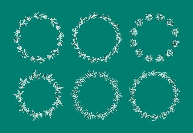 Ensemble de 6 illustration vectorielle de couronne florale dessinée à la main. modèle de bordure de couronne de fleurs.