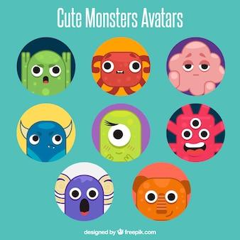 Ensemble amusant d'avatars de monstres