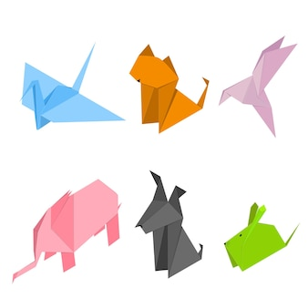 Ensemble d'animaux en origami couleur.
