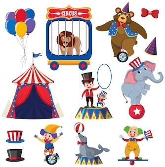 Ensemble d'animaux et de personnes du cirque