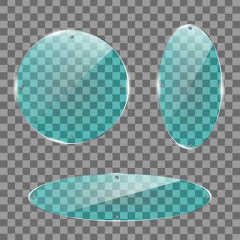 Ensemble d'assiettes en verre. bannières acryliques sur fond transparent.