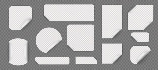 Ensemble d'autocollants adhésifs ronds blancs avec bords pliés. ensemble d'autocollant en papier blanc de différentes formes avec des coins recourbés. modèles d'étiquettes de prix vides.