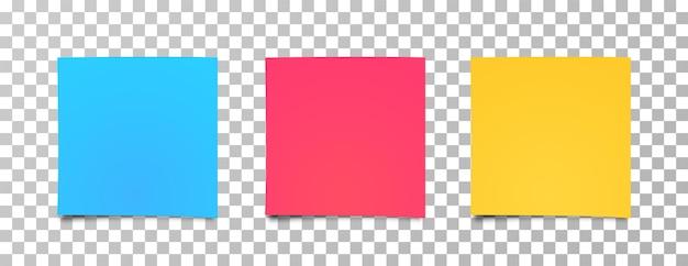 Ensemble d'autocollants multicolores. papier autocollant réaliste, prêt pour votre message. feuilles de papier de couleur différente.