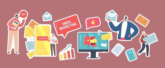 Ensemble d'autocollants thème marketing par e-mail. caractères commerciaux avec enveloppes en papier, ordinateur de bureau, cloche qui sonne et graphique de croissance, smartphone et lettres dans la boîte aux lettres. illustration vectorielle de gens de dessin animé