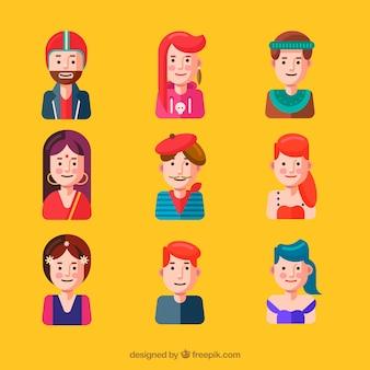 Ensemble d'avatars de différentes cultures