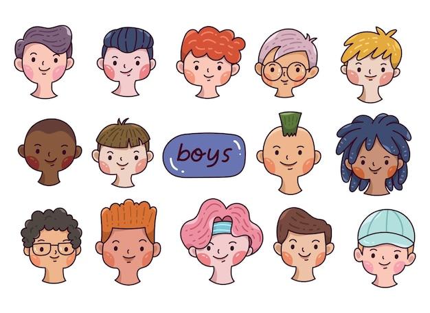 Ensemble d'avatars de garçons dessinés à la main divers visages dans le style de dessin animé doodle
