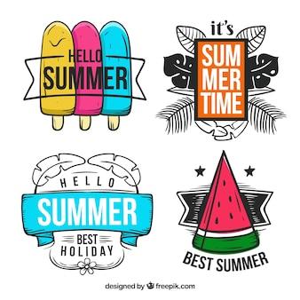 Ensemble de badges d'été de vente avec des éléments de vacances