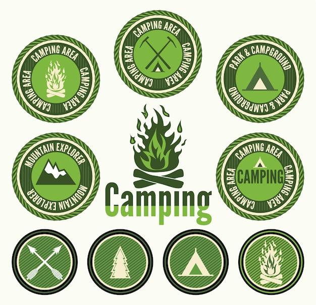 Ensemble de badges et étiquettes de camping rétro