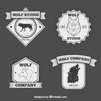 Ensemble badges vintage de loup