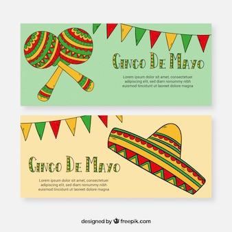 Ensemble de bannières de cinco de mayo avec des éléments traditionnels
