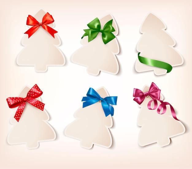 Ensemble De Belles Cartes-cadeaux Avec Des Nœuds Cadeaux Avec Des Rubans Vecteur Premium