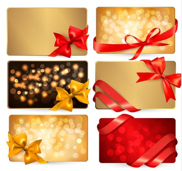Ensemble de belles cartes gif avec des arcs-cadeaux rouges avec des rubans