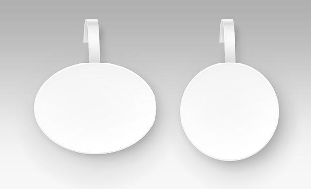 Ensemble de blanc rond ovale papper publicité en plastique prix wobbler vue de face isolé sur fond