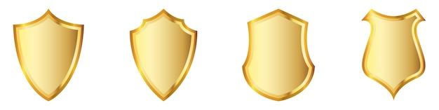 Ensemble de boucliers d'or. boucliers isolés. illustration. symbole d'or de la sécurité