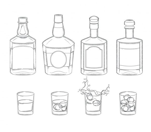 Ensemble de bouteilles de whisky et de verres avec une boisson et des glaçons. gravure des éléments du menu du bar alcoolisé vintage.